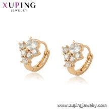 96983 xuping dernière vente chaude cristal blanc cerceau boucle d'oreille pour les dames