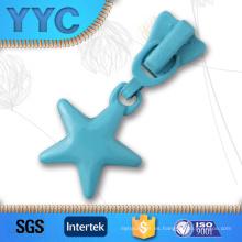 Venta caliente personalizado PVC suave cremallera de alta calidad de logotipo tirones para niños