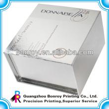 подарочная коробка с магнитным замком