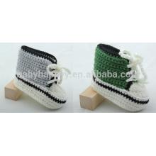 Chaussures de crochet à la main à la main en crochet