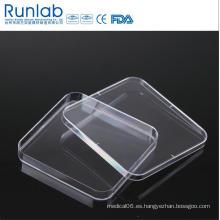Placa de Petri cuadrada plástica disponible aprobada por la CE de la cultura de 130 * 130m m