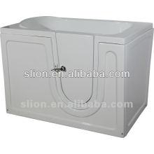 Weißer Acrylweg in der Badewanne für ältere Menschen