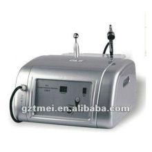 El uso casero portable o el salón utilizan la máquina facial del masaje del jet del oxígeno