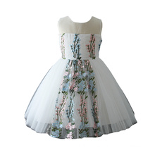Vestido hecho a mano sin mangas de la decoración Boutique hecha a mano de las muchachas de la flor