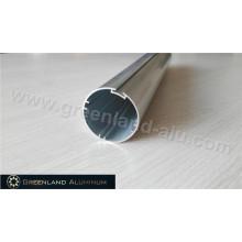 Роликовая заглушка из анодированного серебристого алюминия