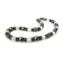 Collier de pierres précieuses en onyx et hématite