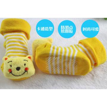 Peúgas 100% do bebê do algodão animal do projeto