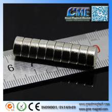 Kaufen Sie Super Magnete N35 Neodym Magnet Stärke Günstige Magnete in Groß