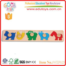 2015 new educational game animal wooden peg puzzle toys