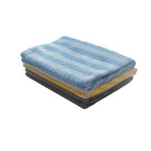 Paño de limpieza de microfibra Amazon Basics de 350 g / m2