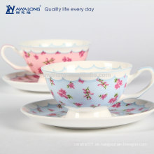 Blaue und rosafarbene Blumenmalerei Heiße Verkaufs-Blumen-geformte Teecup, Kaffeetasse gebildet im Knochen China