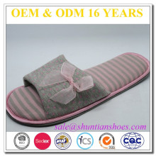 wholesale good material to make open toe women slippers