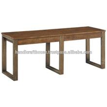 Banco industrial del metal y de la madera del vintage industrial