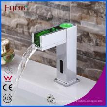 Fyeer banheiro bacia torneira torneira sensor automático com LED (qh0155f)