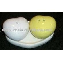 Recipiente de sal e pimenta em cerâmica de forma de coração JX-SP514
