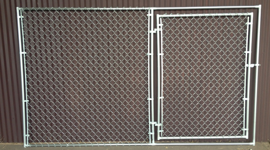 chain-link-panel-w-gate