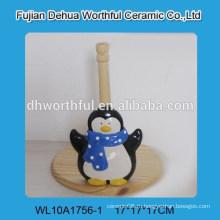 Популярный держатель керамической ткани с формой пингвина
