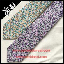 Etiqueta privada algodón delgado impreso más nuevo diseñador floral corbatas