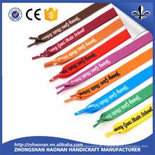 Großhandelsentwurfs-flache Silkscreen druckte Logo-Frauen-Schnürsenkel