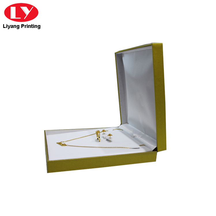 Plastic Paper Packaging Necklace Box