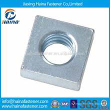 Écrou carré galvanisé en acier au carbone et acier inoxydable