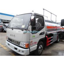 Camion de réservoir d'huile JAC 4x2 LHD à vendre