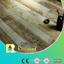 Commercial 8.3mm E1 AC3 Embossed Walnut V-Grooved Laminate Floor