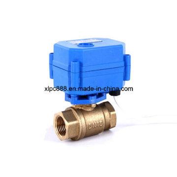 Válvula de bola de control motorizada de cobre amarillo de 2 maneras de la fábrica para el sistema de control de agua