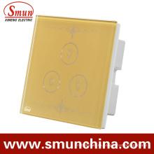 Interruptor de pared del toque dorado de 3 cuadrillas, zócalo de pared teledirigido 1500W 110-220V 16A