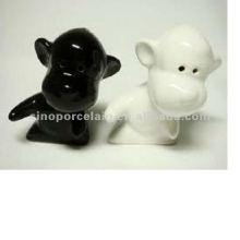 Sal de cerámica animal y coctelera de pimienta para el diseño del perro BS120726B