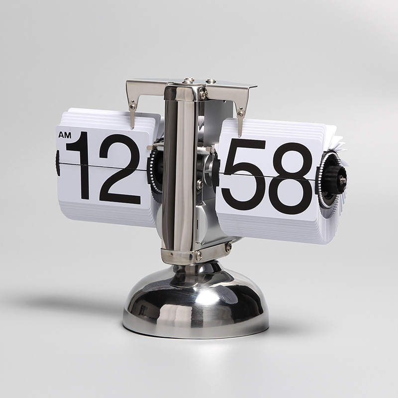 Attractive Table Clock
