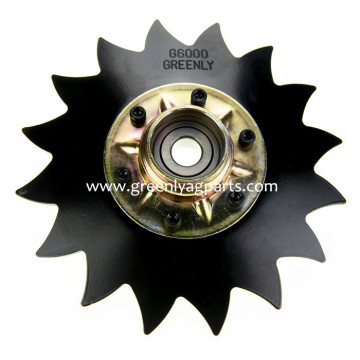 "John Deere 8"" Notched Disc with Cap P6000"