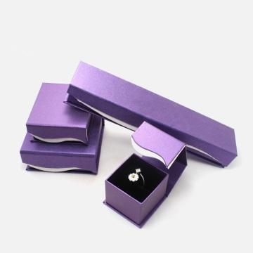 Schmuckset Ring Halskette magnetische Verpackung Box