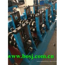 Rango galvanizado de equipo de fabricación de rollo de garaje estéreo Rusia