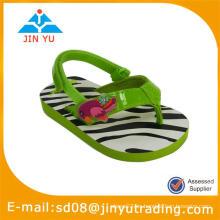 Zapatillas y sandalia EVA para niños