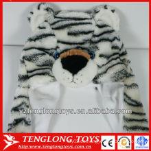 Gorra de invierno de peluche suave de alta calidad de la cara del oso con las orejas