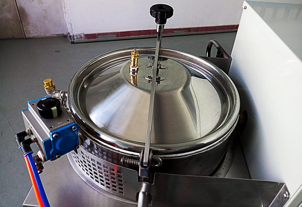 Automatic Solvent Recovery Machine in Caracas