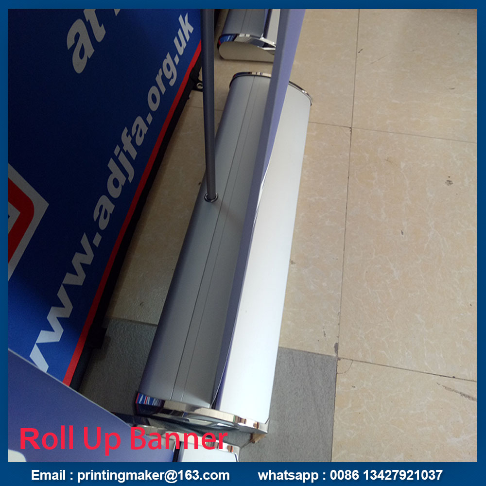 wide base aluminum roll up stand
