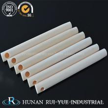 China Os bens vendem por atacado os tubos cerâmicos altos da alumina 99% com furos