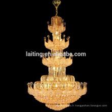 Grand pendentif en cristal accrochant de lustre de grands escaliers de lustre d'hôtel