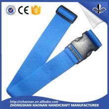 Kundenspezifisches gedrucktes Polyester-Nylongewebe-Gepäck / hölzerner Bügel-Gurt mit Plastikschnalle