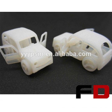 Hochwertiger Auto-Prototyp mit billigem Kunststoff-Prototyp