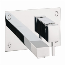 UK Style Badezimmer Einbauspiegel Wanne Wasserhahn
