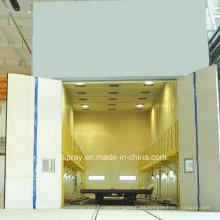 Sala de limpieza con chorro de arena de limpieza industrial con sistema de reciclaje