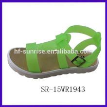 Forme las sandalias vendedoras calientes 2015 del verano calzan las sandalias 2015 de las señoras de las sandalias de la playa