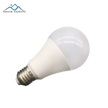 Wolink New product smart charge replacement remote control rechargeable 7w led bulb light