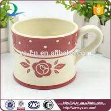 Taza de té roja de cerámica al por mayor de la etiqueta