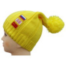 Bonnet tricoté avec patch NTD1605