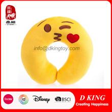 Popular emoción niños juguetes de peluche relleno emoji almohada cuello / viaje almohada