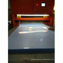 Folha transparente super clara do PVC para o vestuário